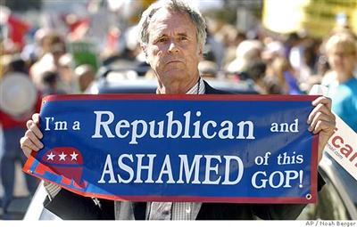 Jeb Eddy joins thousands of demonstrators to protest the war in Iraq on Saturday. Associated Press photo by Noah Berger
