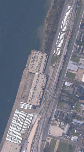 http://wizbangblog.com/images/2005/10/neworleans_rta_buses-thumb.jpg