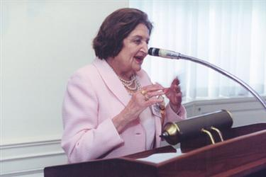 helen_thomas_speech.jpg