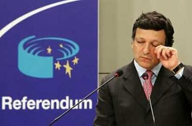 European Commission President Jose Manuel Barroso gestures during a news conference in Brussels June 1, 2005, after the 'No' in the referendum in The Netherlands on the European Union's first constitution. Dutch voters soundly rejected the European Union constitution in a referendum on June 1, early results showed, deepening a crisis in the 25-nation bloc and possibly dooming the treaty after France rejected it too. (Thierry Roge/Reuters)