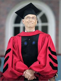 Chairman of Microsoft Corporation Bill Gates stands to accept an honorary Doctor of Laws degree during the 356th Commencement Exercises at Harvard University in Cambridge, Massachusetts June 7, 2007. (Brian Snyder/Reuters)