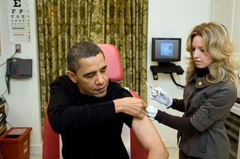 A White House nurse prepares to administer the H1N1 vaccine to President Barack Obama at the White House on Sunday, Dec. 20, 2009. (Official White House photo by Pete Souza)