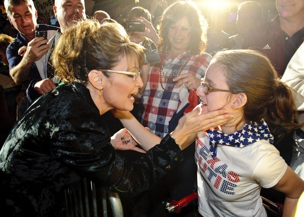 Palin-hi-mom.jpg
