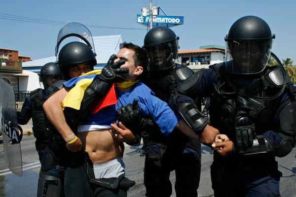 012910_veneuelaprotest.jpg