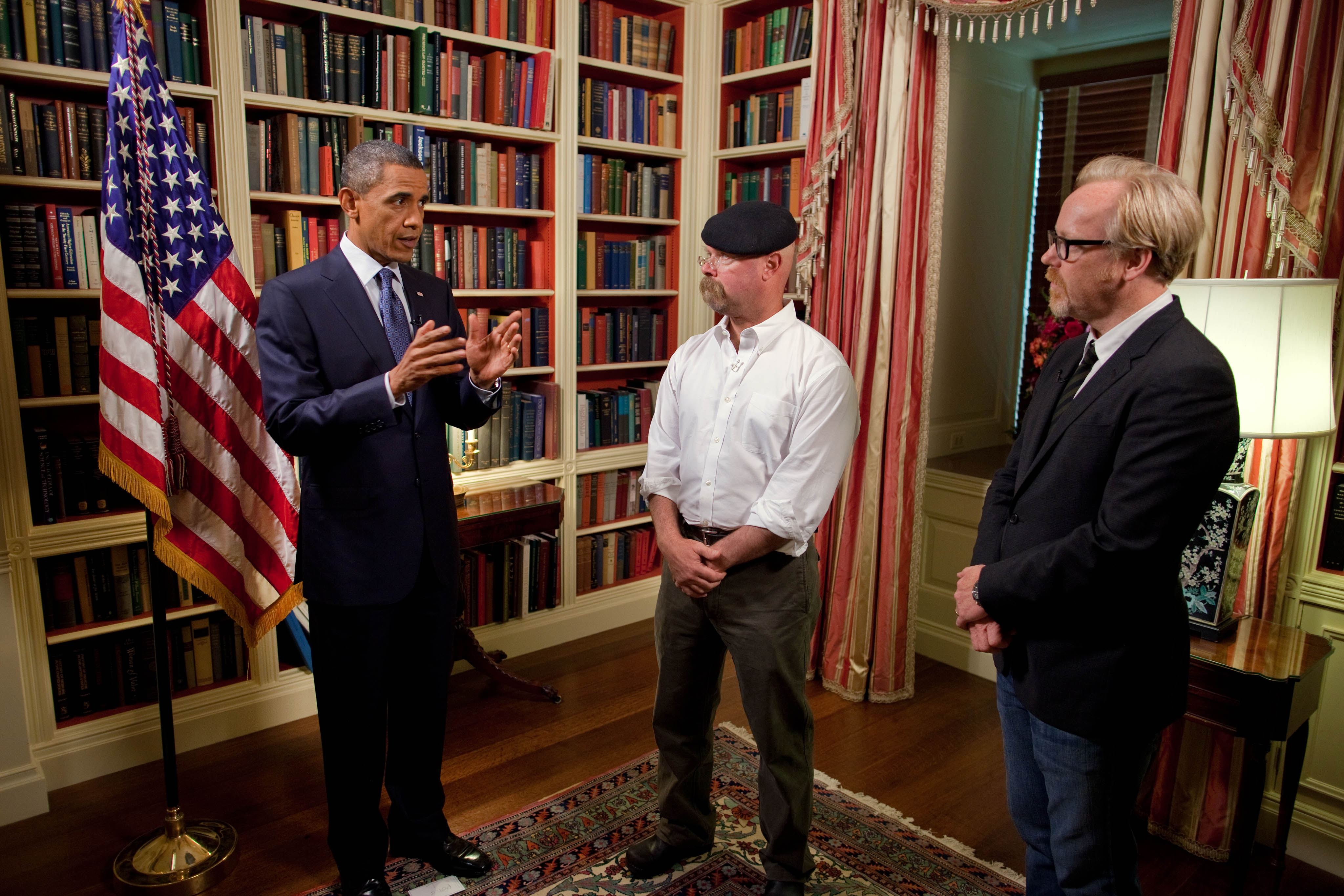 President%20Obama%20and%20the%20MythBusters.jpg