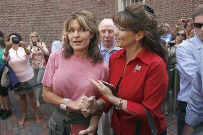 Sarah Palin greets an impersonator.