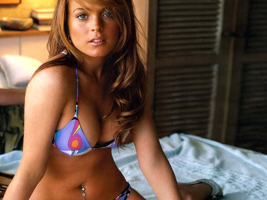 Lindsay Lohan Hot Photos 13 Wizbang