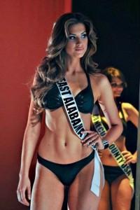 Katherine-Webb-bikini-pics1