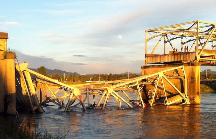 i-5-bridge-collapse