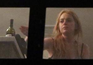 13-1203 - Lindsay Lohan 300w 209h