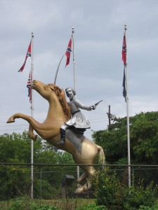 Photo of Nathan Bedford Forrest statue on Interstate 65 outside of Nashville. Photo by freelance journalist Ruth Graham.