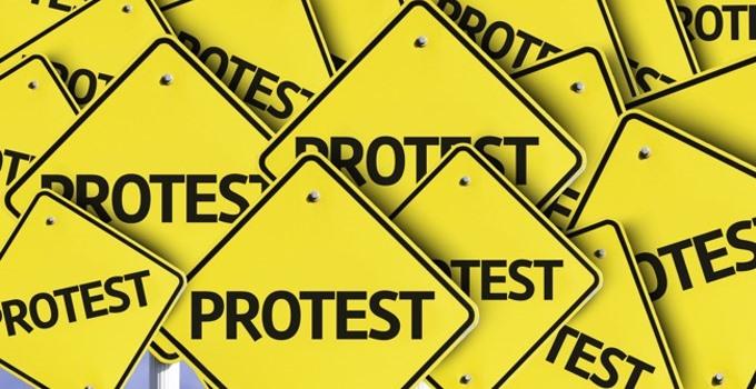 shutterstock_212013553 protest